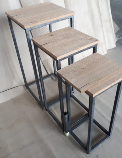Planters metal and oak line